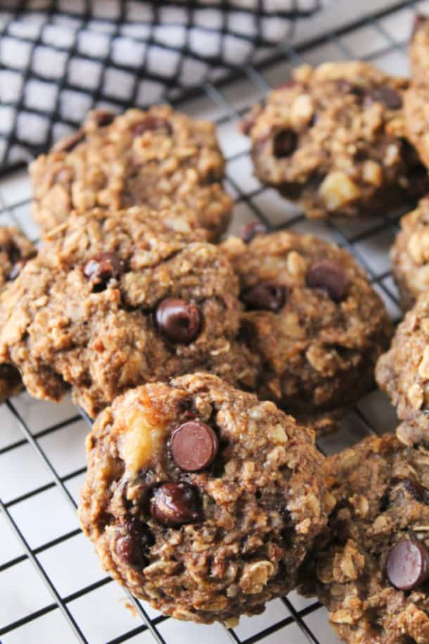 Banana Bread Breakfast Cookies scattered on a cooling rack