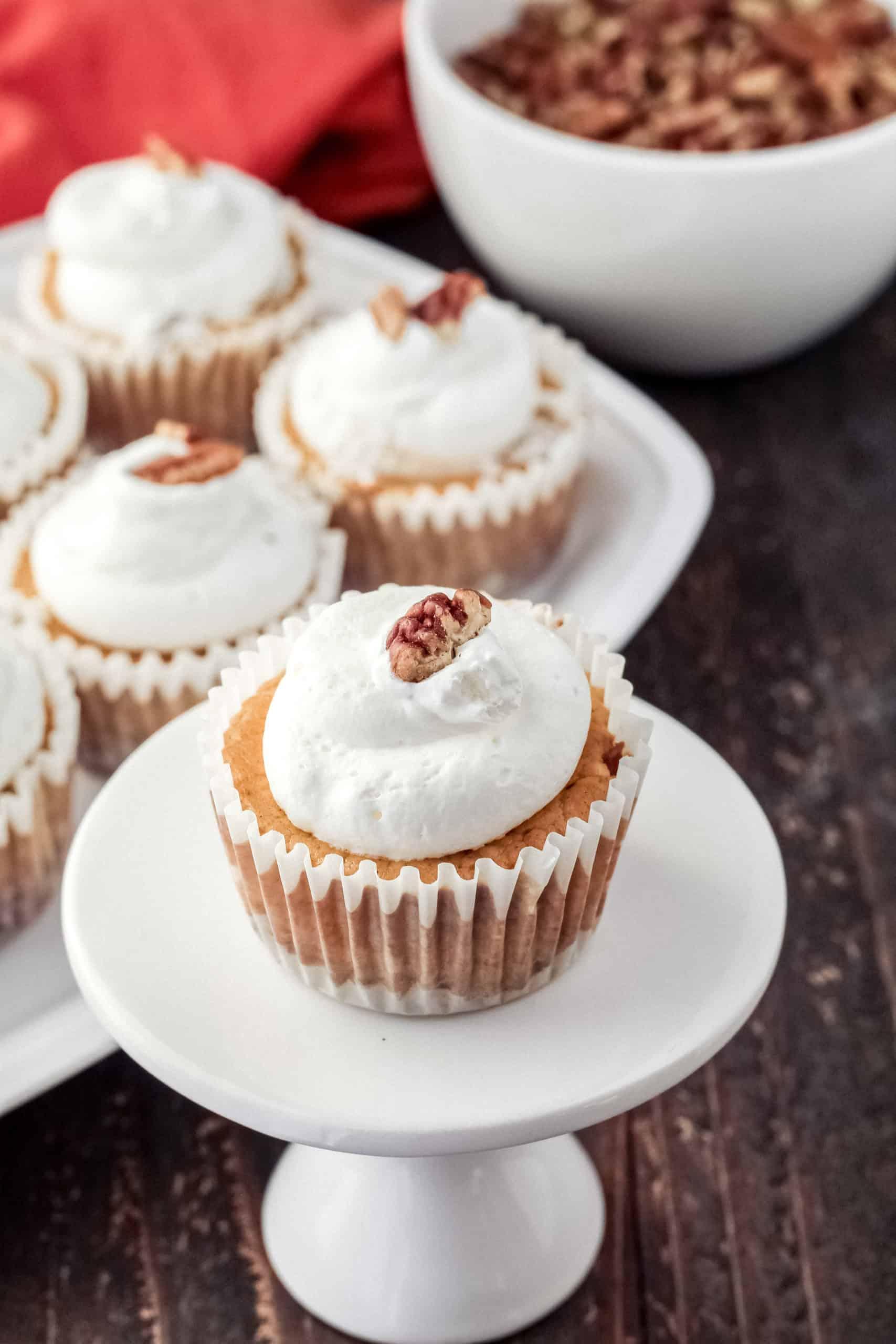 Mini cheesecake on a plate