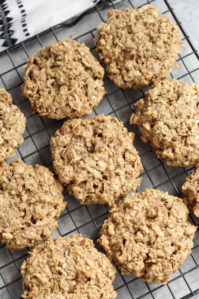 A cooling rack filled with Chai Breakfast Cookies