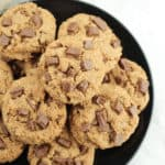 A close up of a plate of cookies